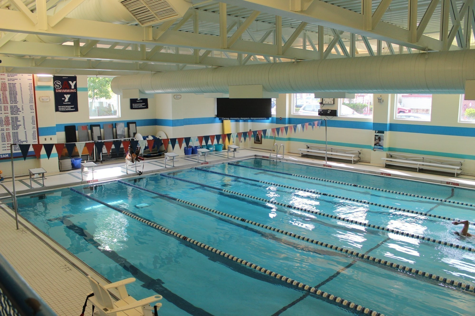 Facilities amenities summit area ymca for Brooklyn college swimming pool membership